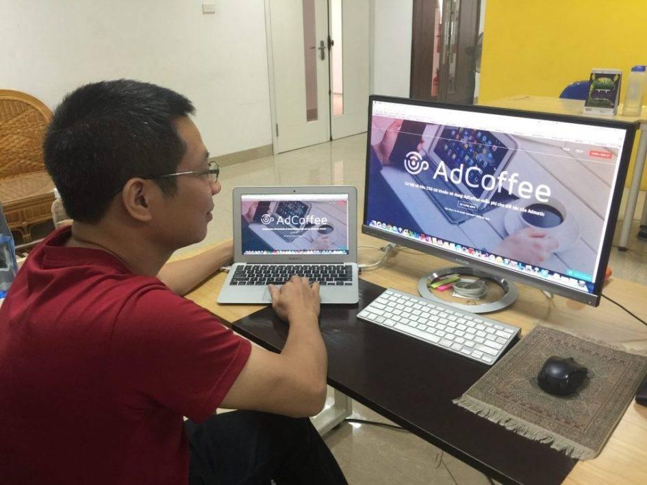 Hệ thống của Adcoffee có thể phân tích và đánh giá được chất lượng của từng nội dung quảng cáo, từ đó đưa ra đề xuất để cải thiện quảng cáo, tăng hoặc giảm ngân sách chạy chương trình để tối ưu hiệu quả và chi phí.